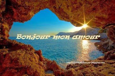 Bonjour les images aiment un beau lever de soleil pour une bonne journée